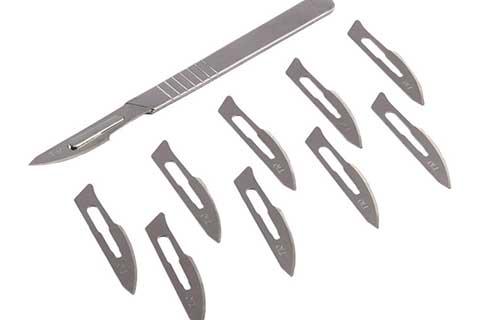 ใบมีดผ่าตัดอุปกรณ์ที่สำคัญของแพทย์