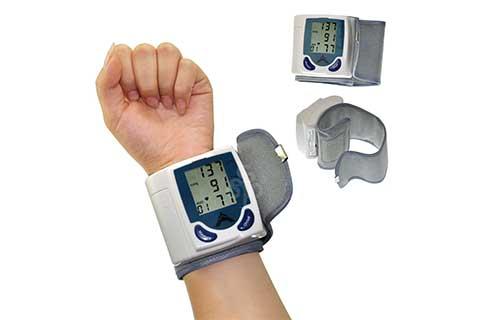 Blood-pressure-monitor